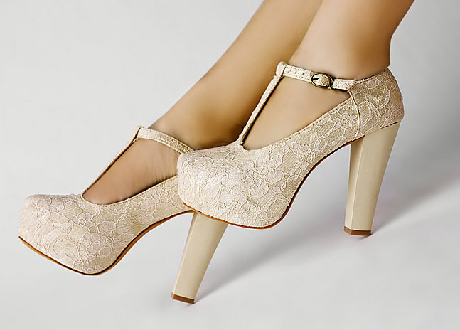 336a11951a4 Fashion Ankle Belt Lace Buckle Strap bridesmaids Prom Party High Heels  Platform Wedding Shoes SA033-in Women s Pumps from Shoes on Aliexpress.com