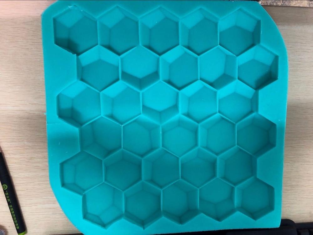 Piastrelle con silicone incollare mattonelle con silicone un