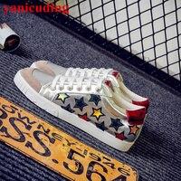 Sıcak Yuvarlak Ayak Işlemeli Yıldız Desen Kadın Rahat Ayakkabı Düşük En Flats Ön Lace Up Ayakkabı Chaussures Femmes El Yapımı Sneakers