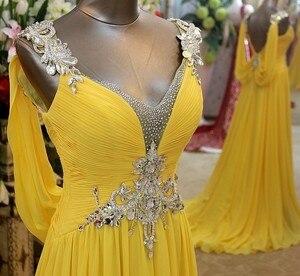 Image 3 - Charmant Geel Chiffon Bruidsmeisje Jurken 2020 Backless Crystal Frezen Wedding Party Dress Bruidsmeisje Formele Gowns V hals