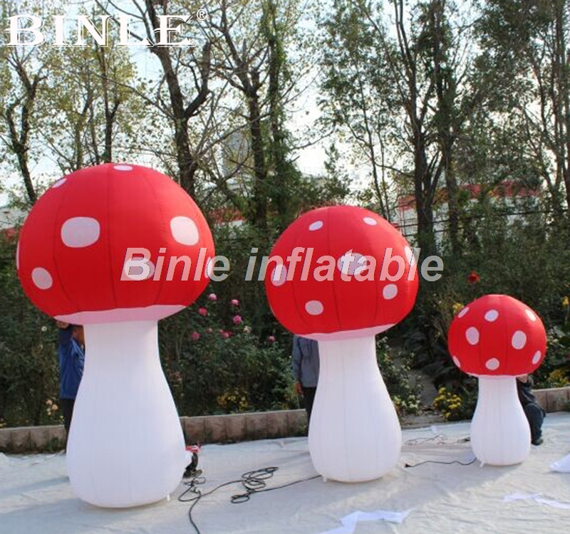 2.4mH beautiful LED inflatable mushroom with led lighting ground cone for event decoration2.4mH beautiful LED inflatable mushroom with led lighting ground cone for event decoration