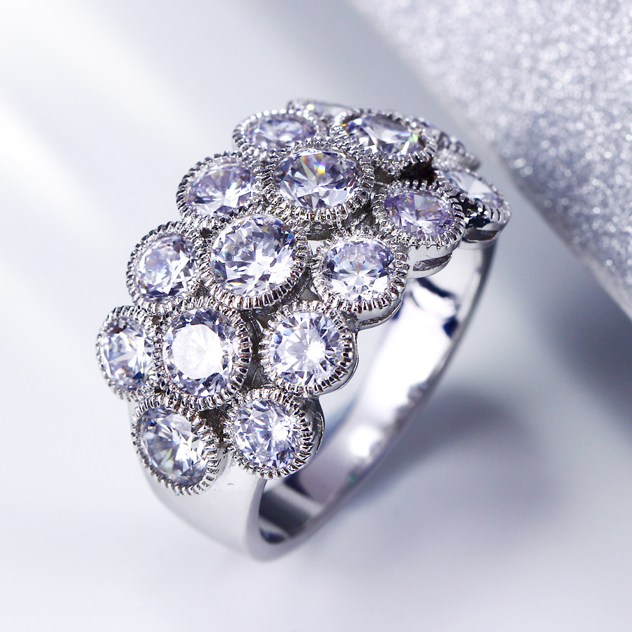 Fashion style New rings luxury for woman