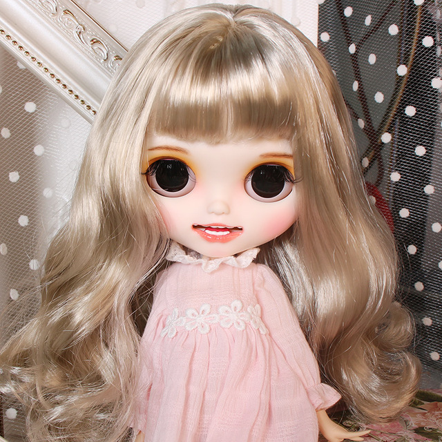 Xüsusi Neo Blythe Doll Sarışın Saç Qoxulu Bədən