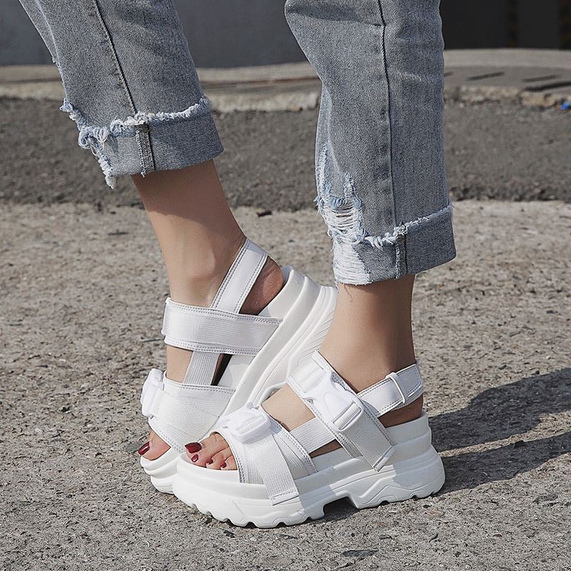 Summer Women Sandals Buckle Design Black White Platform Sandals Comfortable Women Thick Sole Beach Shoes