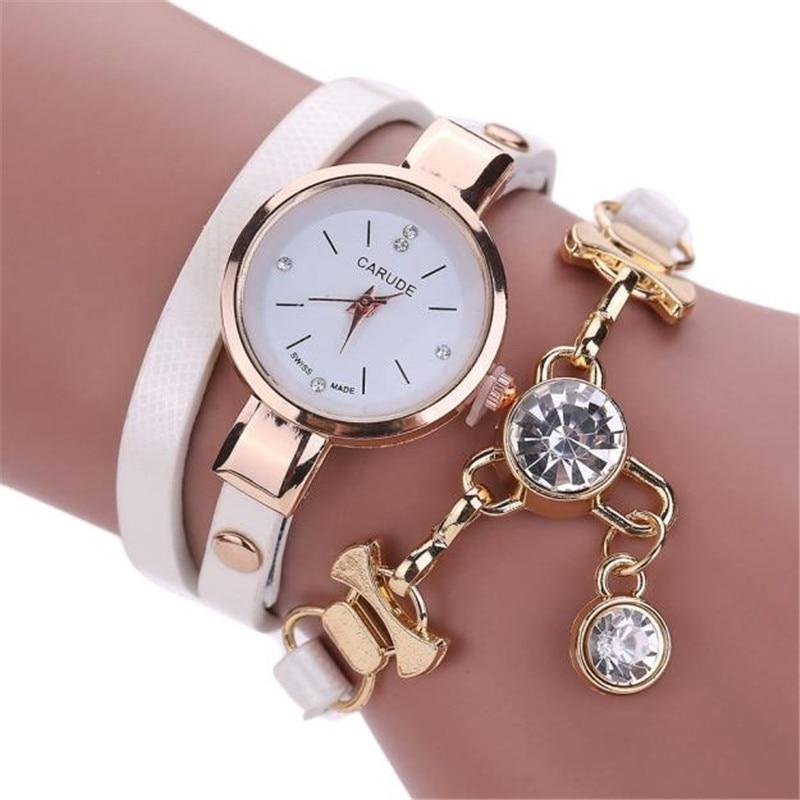 e1dcc5287b2 Mulheres famosas da marca de Moda Senhoras de Couro Strass Quartzo  Analógico Vestido Relógios de Pulso pulseira montre femme bayan kol saati