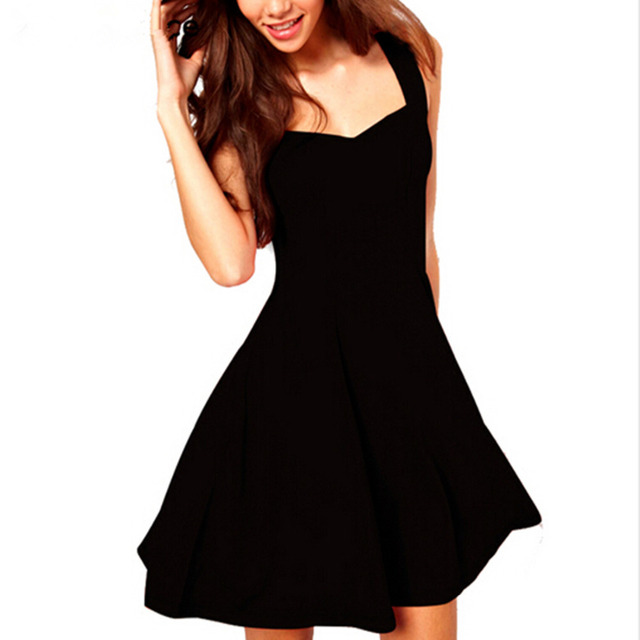 Achat robe noire classique