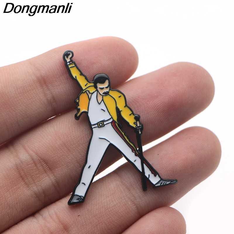 P3392 Dongmanli Dello Smalto Pins e Spille per Le Donne Degli Uomini del Risvolto Pin Zaino Borse Cappello Distintivo In Metallo Regali di Figura