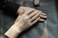 One Pair Realistic Silicone Male Mannequin Manikin Hands For Ring Jewelry Display ,Model Nail Art Hand