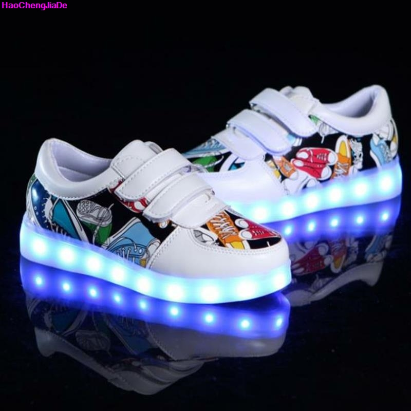 HaoChengJiaDe New Fashion Breathable Kids LED Luminous Sneakers USB Rechargeable Brand Child Boys girls Sports Shoes with lights все цены
