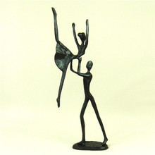 Exciting Cast Iron Duet Dance Figurine Abstract Metal Couple Dancing Lovers Sculpture Home Decoration Craft Present Ornament
