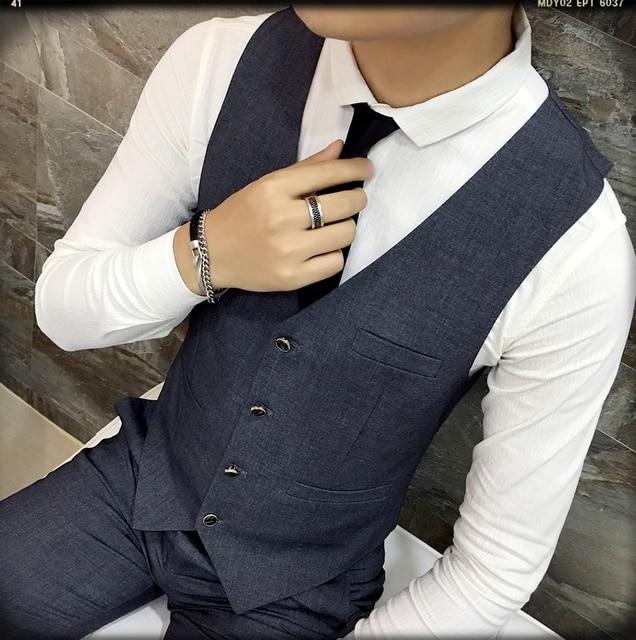 2017 Autumn and Winter Fashion Multi-button Men Formal Work Vest Man Small Vest Slim Suit Vest Male Vests