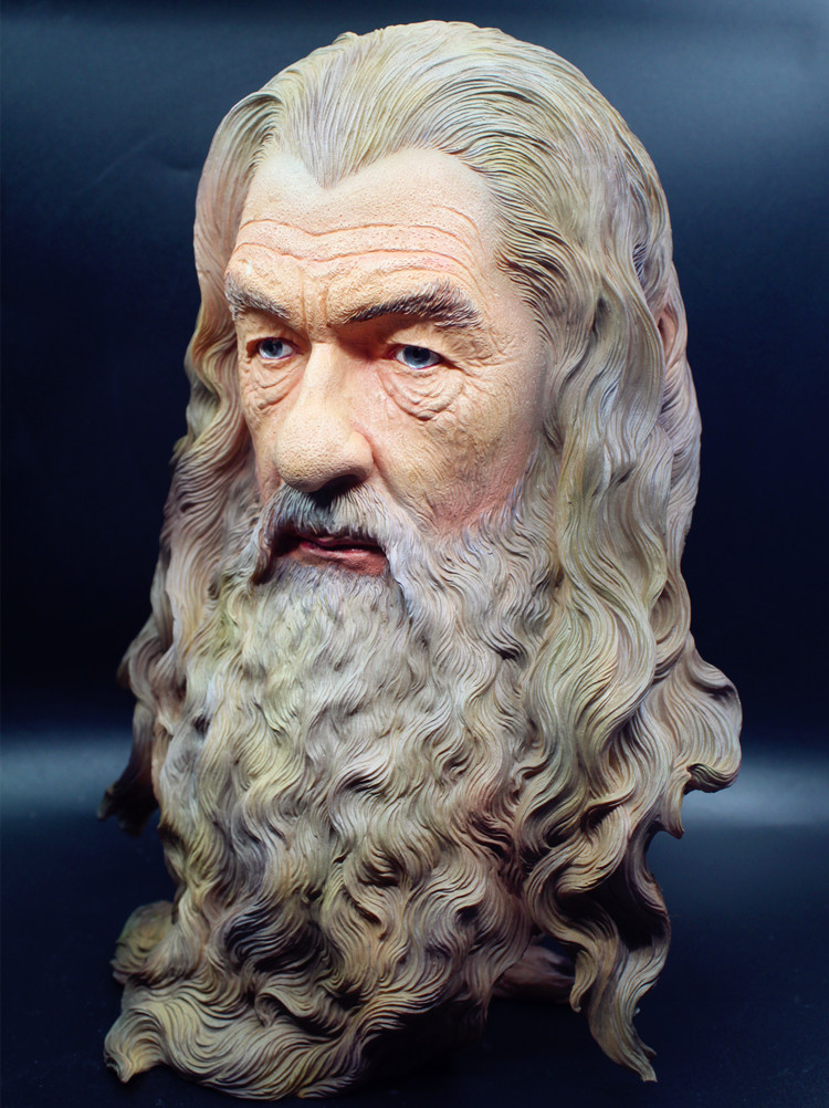 [Funny] Bust Statue Color Painted Rings Hobbit The Gandalf model Figure Collection Craft Sculpture home Room decoration toy gift artificial resin grey poodle dog figure car styling home room decoration collection article christmas birthday gift toy