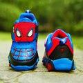Nuevo otoño y primavera niños zapatos del hombre araña Flash de noche zapatillas deportivas luz zapatos para los niños embroma zapatos Boys niñas F72