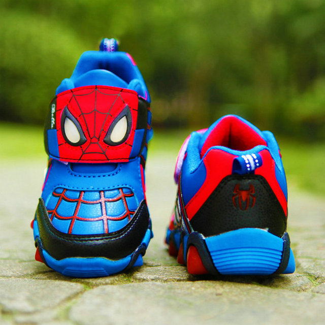 1da332c2b01 spiderman zapatillas con luces