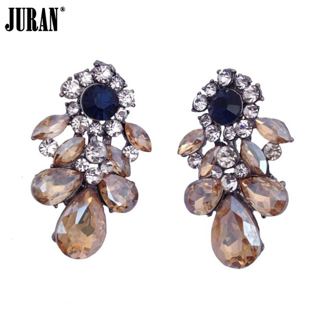 2017 fashion crystal stud earrings vintage classic big statement Earring for women chic charm jewelry D1103