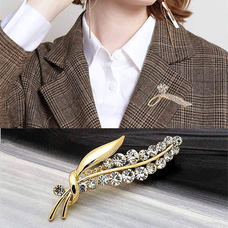 Crystal Leaf Brooches for Women Gold Color Rhinestone Leaves Brooch Pin  Coat Dress Corsage Fashion Wedding Party Jewelry Gift