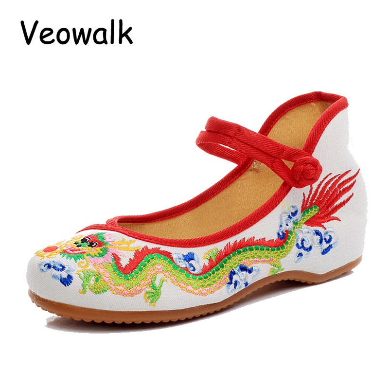 Weowalk 5 Colors Chinese Dragon Embroidery Women's Old Beijing Shoes Ladies Casual Cotton Driving Ballets Flats Big Size 34-41 vintage embroidery women flats chinese floral canvas embroidered shoes national old beijing cloth single dance soft flats