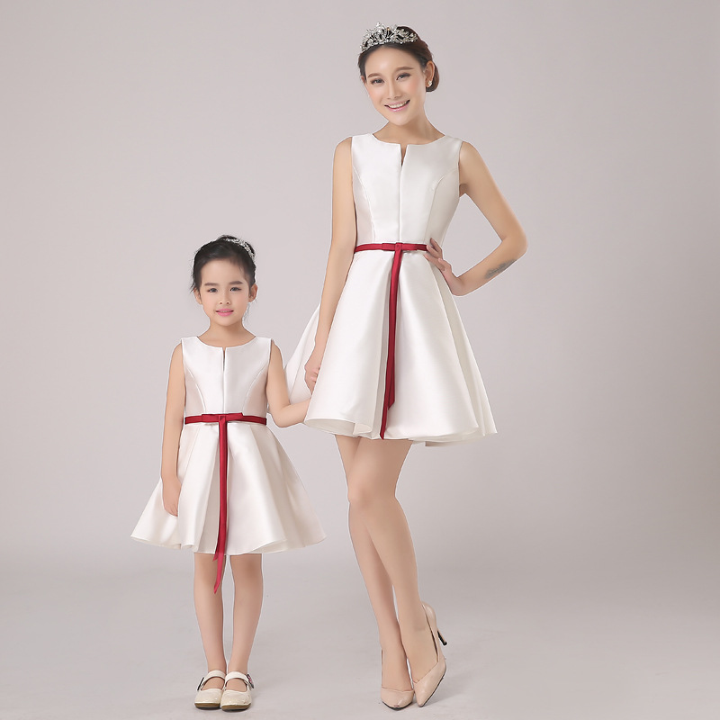 Family Fitted Summer Sleeveless Dress Mom and Daughter Children Princess Dresses Women Photo Studio Photographic Clothes