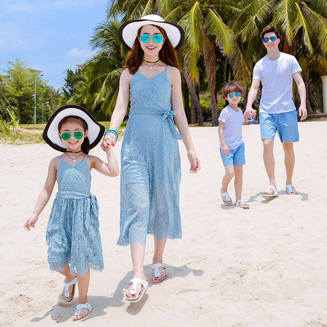 182dd86437 Family Matching Outfits Summer Mom Daughter Seaside Vacation Beach Long  Dress Father and Son T-