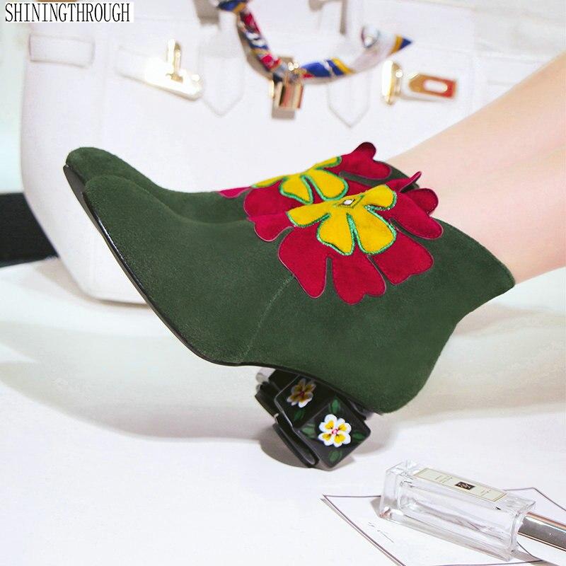 2019 الجلد المدبوغ زهور بلاستيكية النساء غريبة الكعب العالي حذاء من الجلد الأسود الأخضر السيدات أحذية الحفلات امرأة كبيرة حجم 41 42 43-في أحذية الكاحل من أحذية على  مجموعة 1