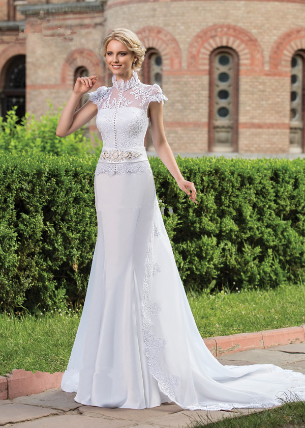 vestido de noiva High Neck Short Sleeve Vintage cheap mermaid Bridal gown 2018 Beaded Sashes Lace Mother of the Bride Dresses