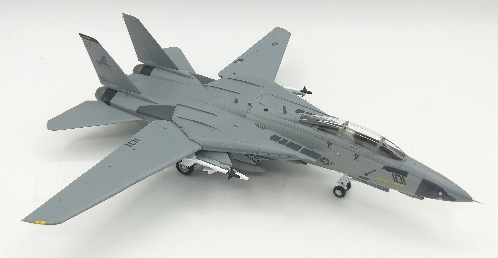 Trumpet  1:72 F-14D VF-213 Black Lion Squadron Male F14 Fighter Model