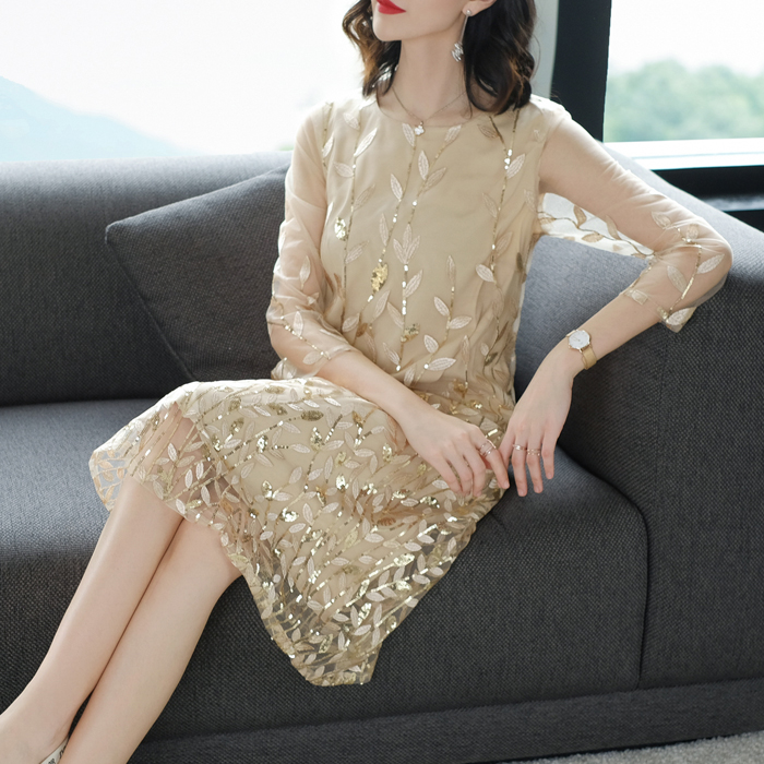 2019 nouvelle grande taille 4XL mode été femmes robe paillettes broderie maille robe de soirée élégant O cou femme Sexy robe Vestidos