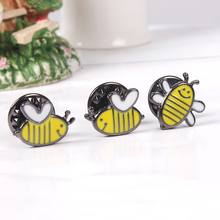 1 Pcs Cute Cartoon Danza Ape Spilla Decorazione Distintivo Duro lavoro Ape Spille Bee Gioielli(China)