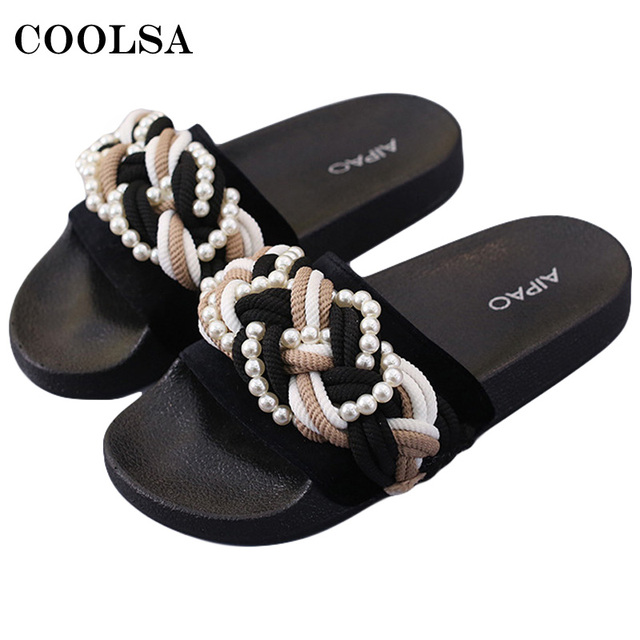 Fashion Summer Shoes Flower Slippers Women Pearl Flip Flops Velvet Flat  Open Toe Slides Outdoor Slippers Lady Cute Beach Sandals 0187afb0ffdd