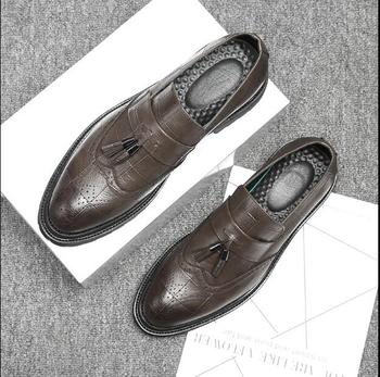 Slip-On New Men's Flats Dress Shoes Smart Casual Spring Brogue Shoes Carved Tassels Gradient  Bullock Vintage Carved Pointed Toe