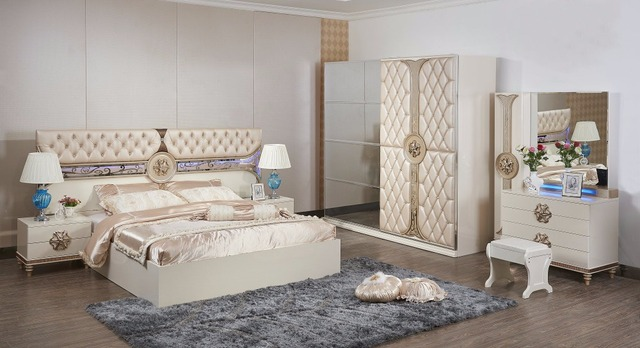 Baroque Furniture Modern Bedroom Set Coiffeuse Table De Maquillage Nightstand Hot Sale Furniture With Bed And Wardrobe Dresser