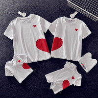 Parents and Children T shirts Summer Baby Girl Boy Love Short Sleeved T shirts Mom Dad Son Kids Daughter Family Matching Outfit