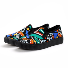 Shoes Woman Flats Loafers Ladies Casual Shoes Graffiti Printing Women Shoes Hand-painted 2018 Spring Fashion Totem High Quality e lov design printing canvas shoes nation flags of austria hand printed austriak austrian loafers shoes