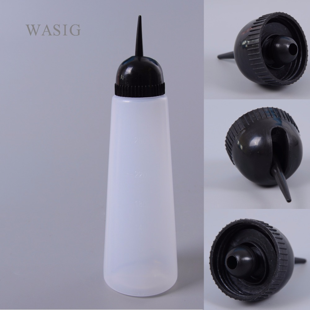 Salon Hair Washing Cleaning Refillable Squeeze Bottle Hairdressing Tool Multifunctiona