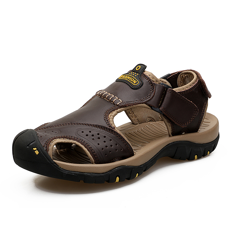 Genuine Leather Summer Soft Male Sandals Shoes For Men Closed Toe Breathable Light Beach Casual Quality Walking Sandal 2018