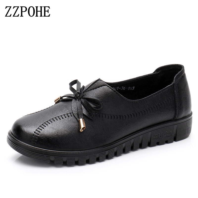 все цены на ZZPOHE 2018 spring new mother shoes soft bottom women flats single shoes non-slip comfortable grandmother black shoes size 35-41