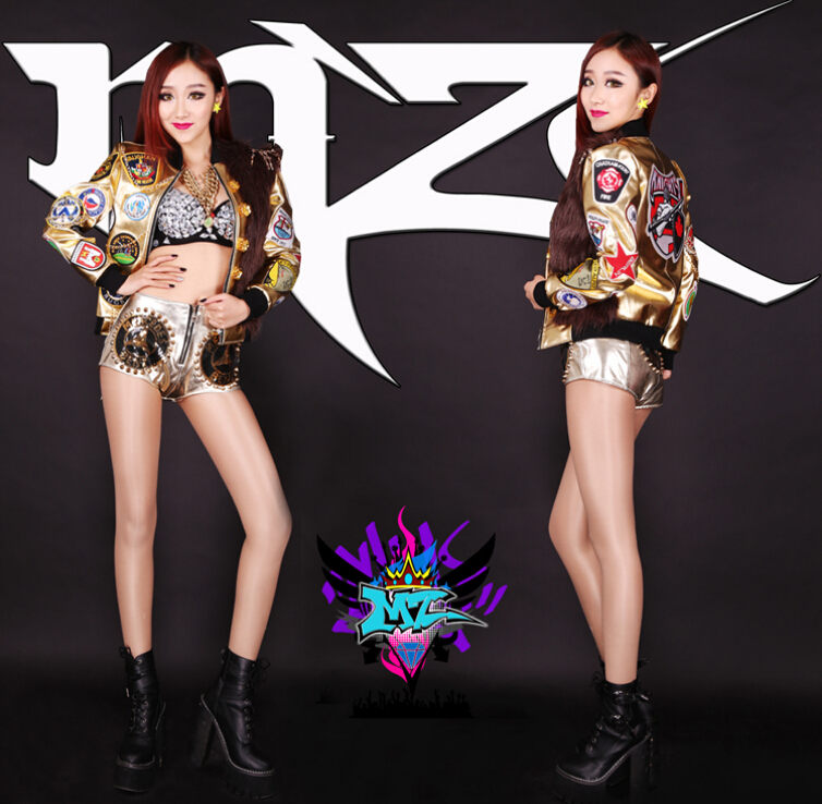 New female singer DJ atmospheric black fur label affixed cloth costumes gold chain Tyrant women's jacket (Random cloth paste)