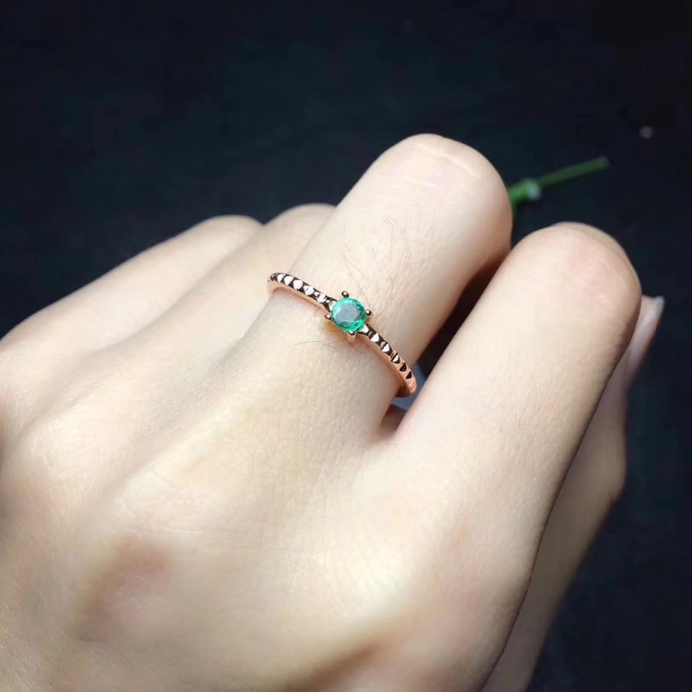 Classic simple small Natural green emerald Ring 925 Sterling Silver Natural Gemstone Ring Women s party