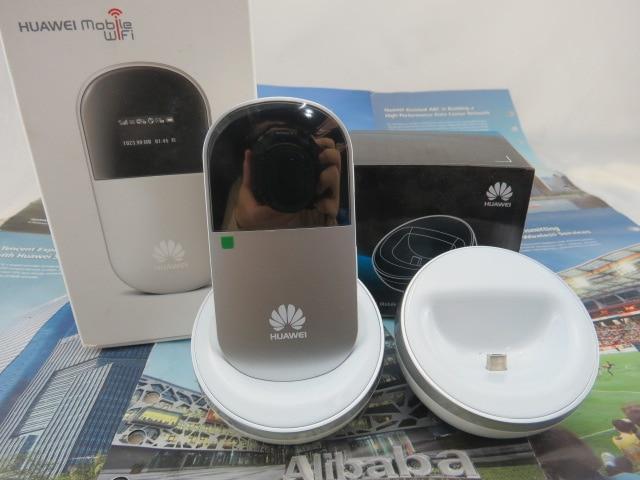 ФОТО  Huawei E586 3G Mobile HSPA+ 21Mbps UMTS WLAN Wifi Hotspot+ HUAWEI E586 Dock charger stand dock station base