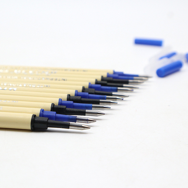 6Pcs High Quality 0.5mm Nib Ballpoint Pen Refills 11cm Length Writing Point Blue Black Ink Ball Pen Refills Rods 3