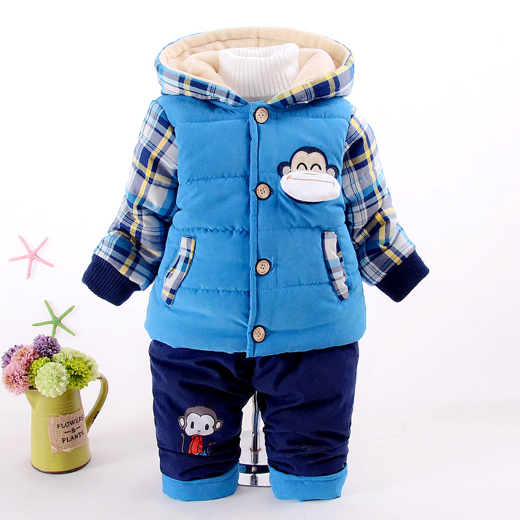 цены на 2016 Children Boy Cotton Clothing Sets 2 PCS Coat + Trousers Winter Kids Winter Suits Boys Hooded Warm Outerwear Boys Clothes в интернет-магазинах