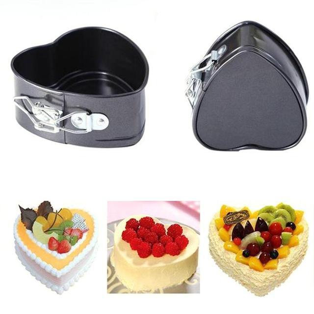 Non Stick Love Heart Shape Cake Pan Metal DIY Cake Mold Baking Cheese Bread Tray (Random Bottom)