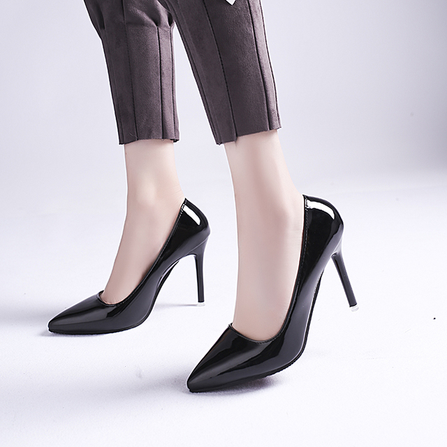 Women High Heels Shoes Spring and Summer 2019 New Women Shoes Pointed Toe Patent Leather Fashion Shoes Simple and Casual Pumps