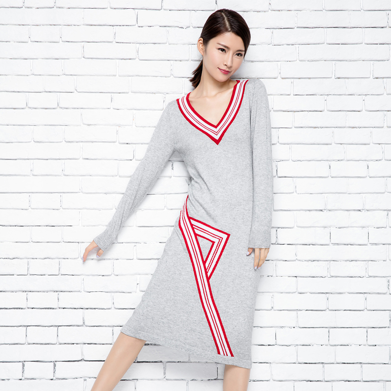 European Design Sweater Elegant Spring Cashmere Pullover V-neck Women Long Sleeve Knitted Shirts Fashion Pleated Ladies Dreses
