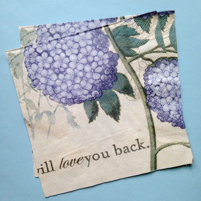 4 Paper Napkins Serviettes Decoupage Napkins Purple Pattern Vintage CRAFTS NEW