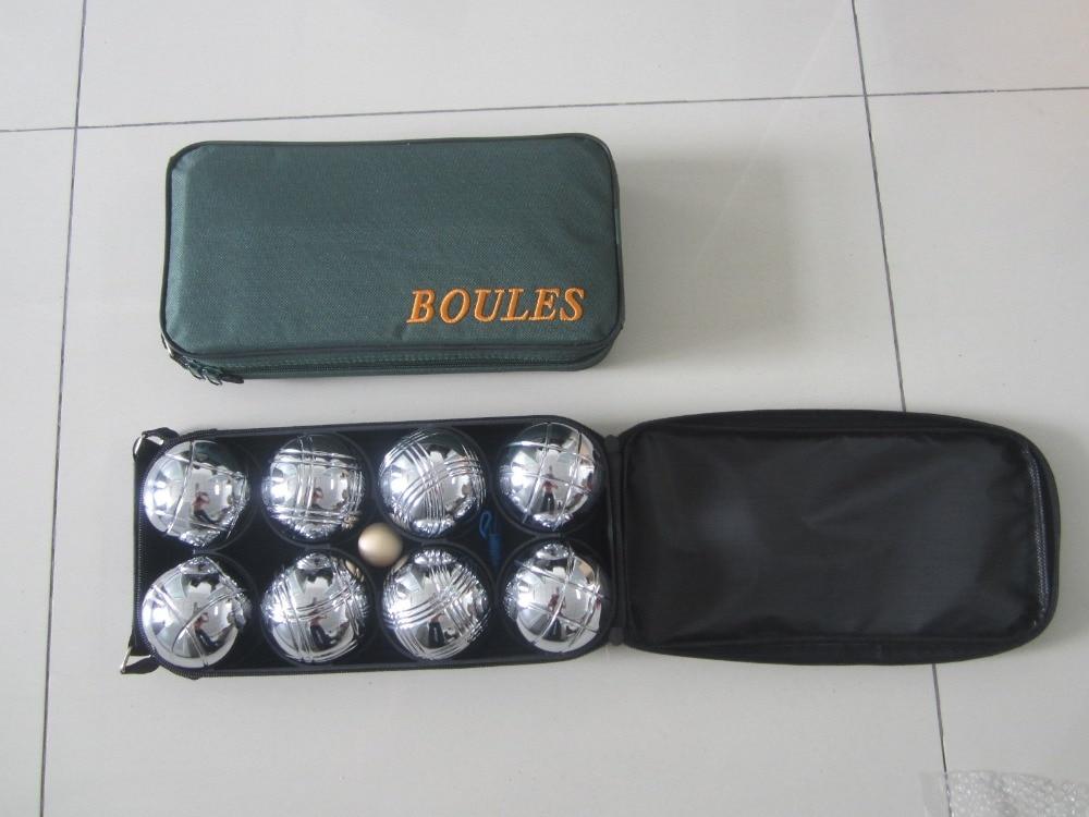 8 boules de pétanque, boules