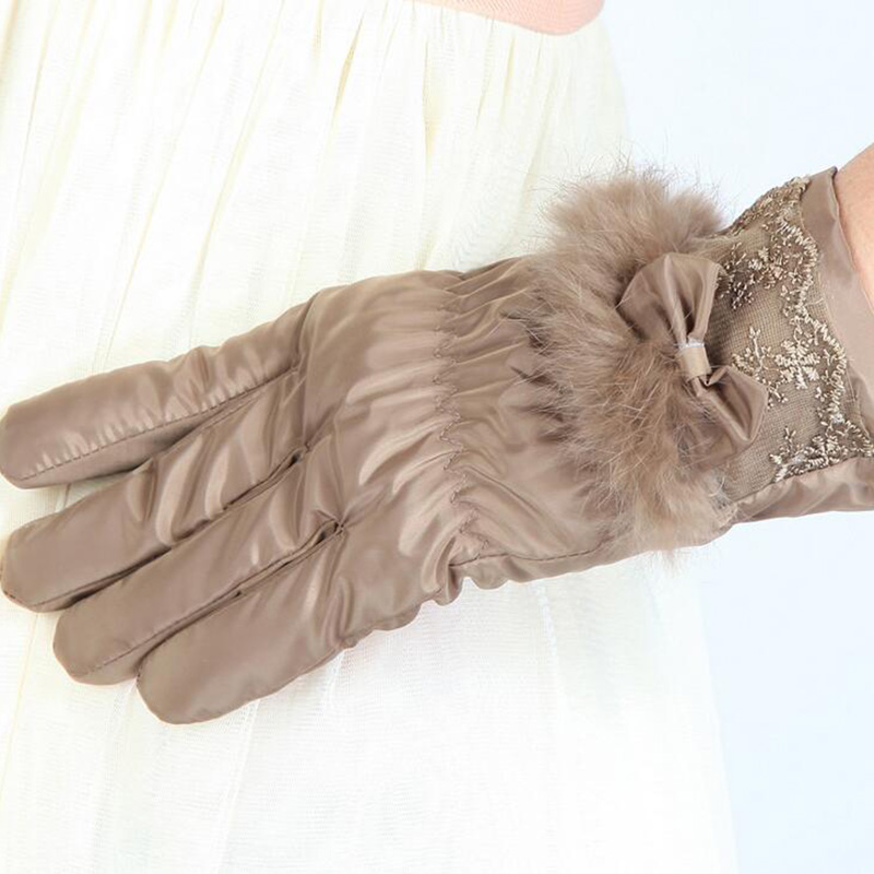 New Female Winter Outdoor Sports Warm Windproof Touch Screen Gloves Fashion Women Bow Plush Gloves Ladies Cashmere Mittens 28
