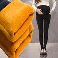Pantalones calientes pantalones vaqueros mujer Elasticidad de terciopelo ropa de maternidad embarazadas pantalones vaqueros de maternidad embarazadas jeans pantalones de embarazo invierno