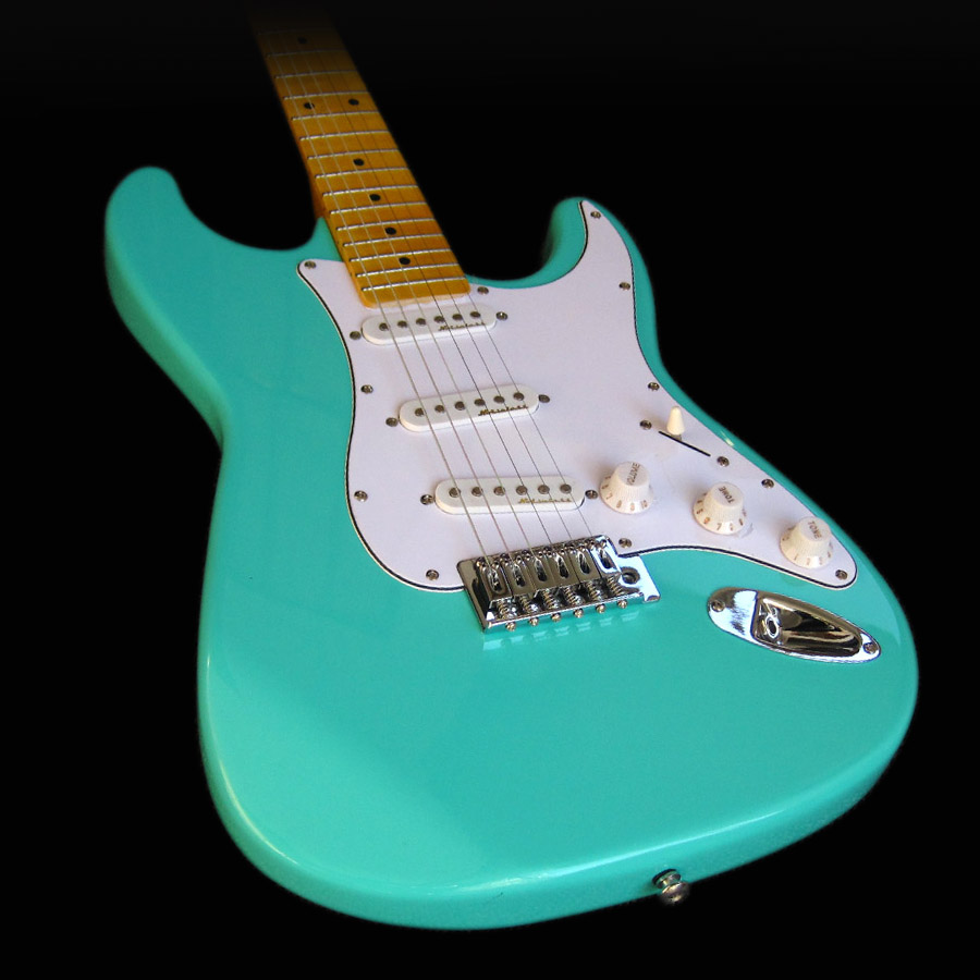 ST Custom Jeff Beck Surf Green Maple Fretboard SSS Noiseless Pickups Solid Wood High Quality electric Guitar Free Shipping