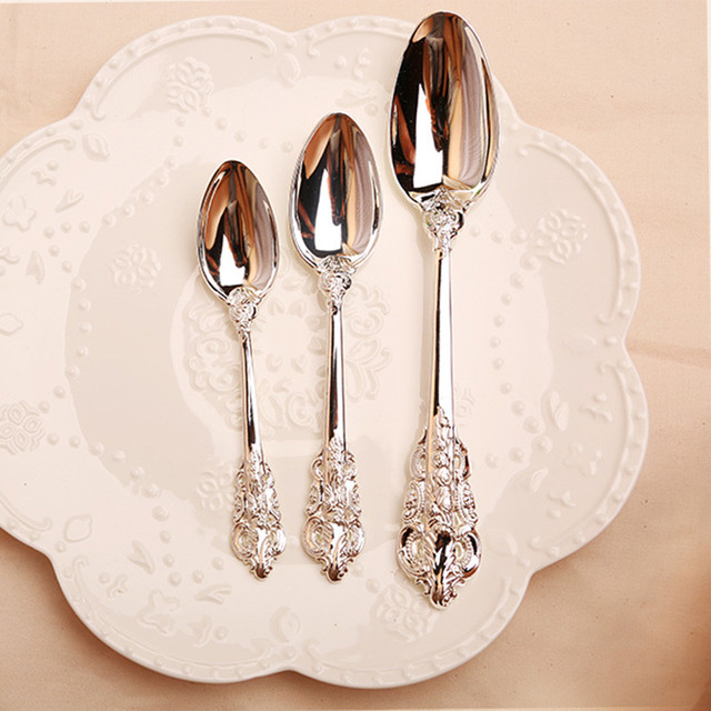 10pcs/set Silver Plated Wedding Dinner Set Steak knife Fruit Fork Teaspoon Soup Spoon Party Cutlery Dinnerware Gifts
